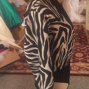 Cache Tops - Cache size 8 body suit in black and white zebra